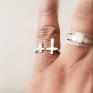 Jewelry - 925 Sterling Silver Adjustable Cross Ring